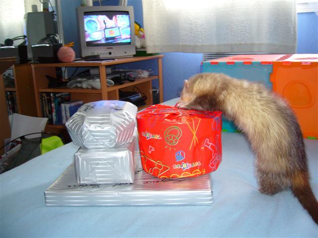 Comment faire les paquets cadeaux - Comment emballer les cadeaux ...