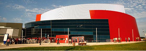 Angouleme parc expo arena show 32 c 39 est ce soir zorba for Parc expo angouleme