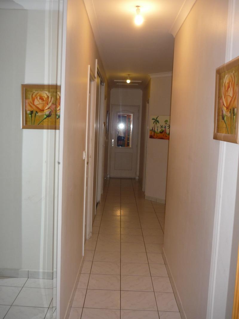 Peindre et decorer mon long couloir for Long couloir deco